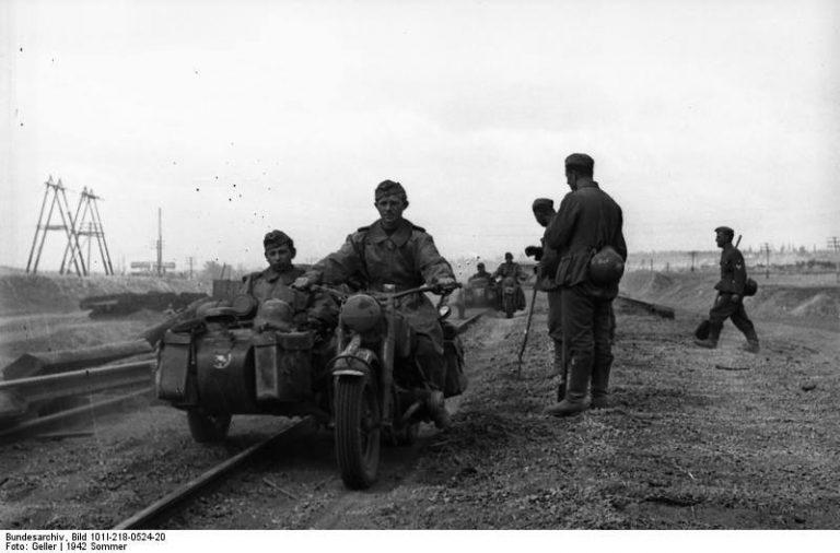 Οι μηχανές με το καλάθι χρησιμοποιήθηκαν κυρίως κατά τον Δεύτερο Παγκόσμιο Πόλεμο από το Γ' Ράιχ. Ήταν ένα εξαιρετικά αποτελεσματικό μέσο και «κόλλησε» μόνο στο παγωμένο Στάλινγκραντ....