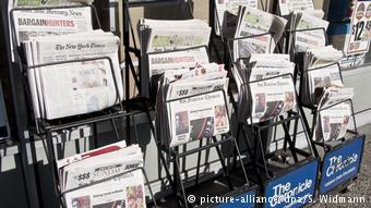 Mόλις το 30% προτιμά έντυπες εκδόσεις εφημερίδων και περιοδικών