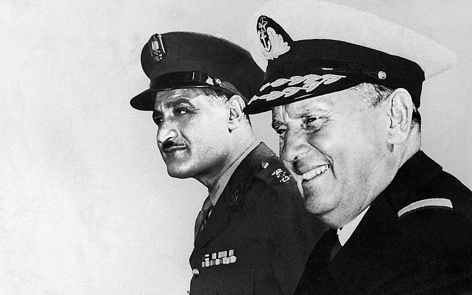 Ο Νάσερ (αριστερά) και ο Τίτο (φωτ. του 1955) υπήρξαν πρωτεργάτες του κινήματος των Αδεσμεύτων.