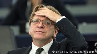 Ο επικεφαλής των Φιλελευθέρων ζητεί από το Βερολίνο να δεχθεί τις προτάσεις Μακρόν