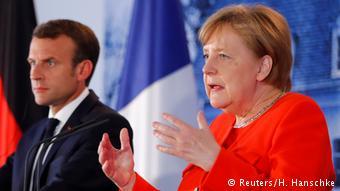 Μέρκελ και Μακρόν δεν έχουν αντίρρηση για κέντρα υποδοχής εντός ΕΕ