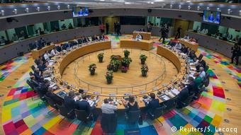 Δεν δόθηκε μόνιμη λύση στο προσφυγικό με τις αποφάσεις των ευρωπαίων ηγετών