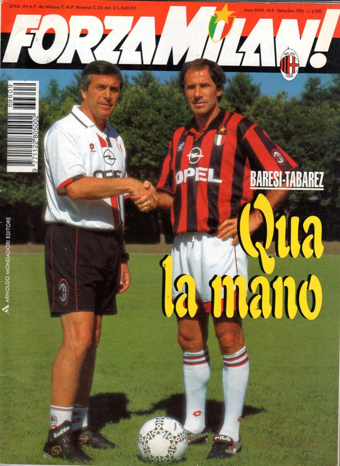 Υπήρξε θαυμαστής του Baresi, πριν τον συναντήσει στο Μιλάνο και γίνουν εξώφυλλο στο Forza Milan.