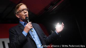 Ο συμπρόεδρος της ΚΟ του αριστερού κόμματος Ντίτμαρ Μπαρτς φαίνεται να έχει ξεπεράσει τους αρχικούς ενδοιασμούς του