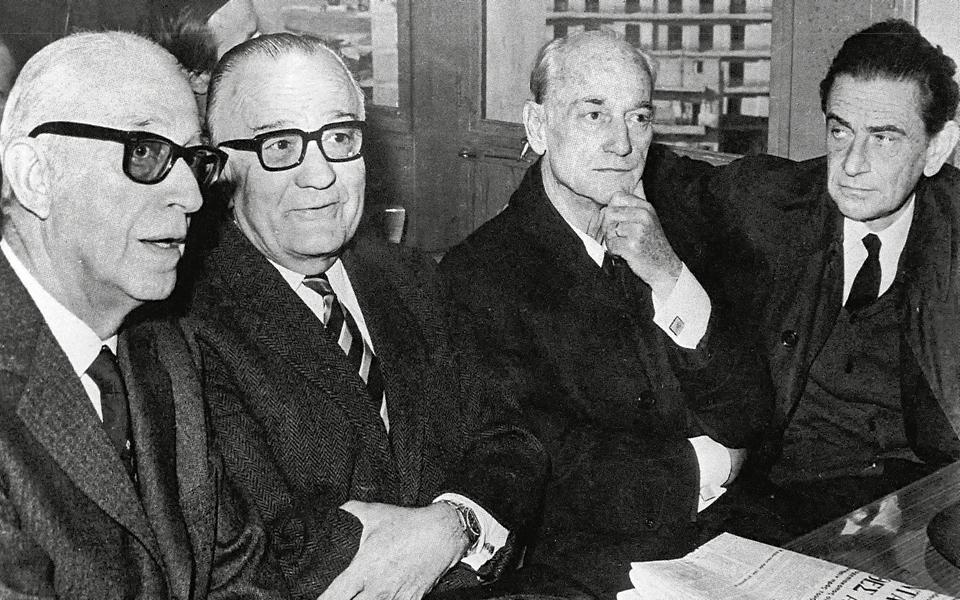 Γ. Β. Μαγκάκης, Γεώργιος Μαύρος, Παναγιώτης Κανελλόπουλος, Παναγιώτης Παπαληγούρας έδωσαν το «παρών» στη δίκη.