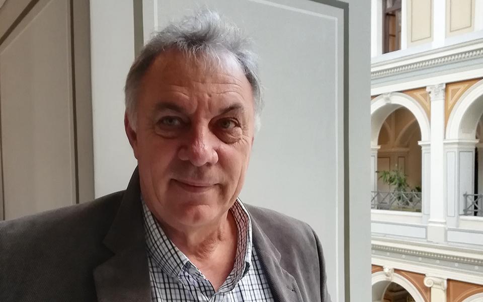 «Είναι πιο αποδοτικό να επενδύσεις στη μείωση των απορριμμάτων από τη συλλογή τεράστιων ποσοτήτων πλαστικών», επισημαίνει στην «Κ» ο Fr. Galgani.