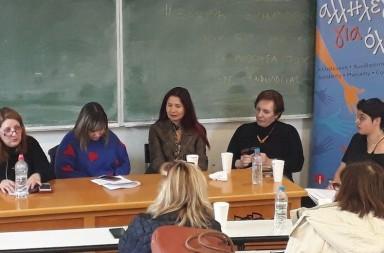 Ο κοινωνικός συνεταιρισμός Stagones ταξιδεύει συχνά από τη Βόρεια Εύβοια στην Αθήνα, με βιολογικό χυμό ροδιού και απίθανες συνταγές για κοκτέιλ