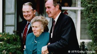 Η Ντόροθι Μπους καταπίεζε τον υιό Μπους με το μπρόκολο